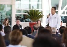 Hidalgo estará en los primeros lugares del país en abasto de medicamento, Omar Fayad5