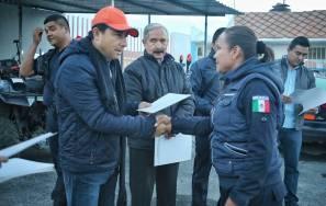 Raúl Camacho Baños reconoce desempeño de policías municipales6