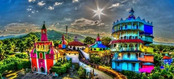 castillo surrealista