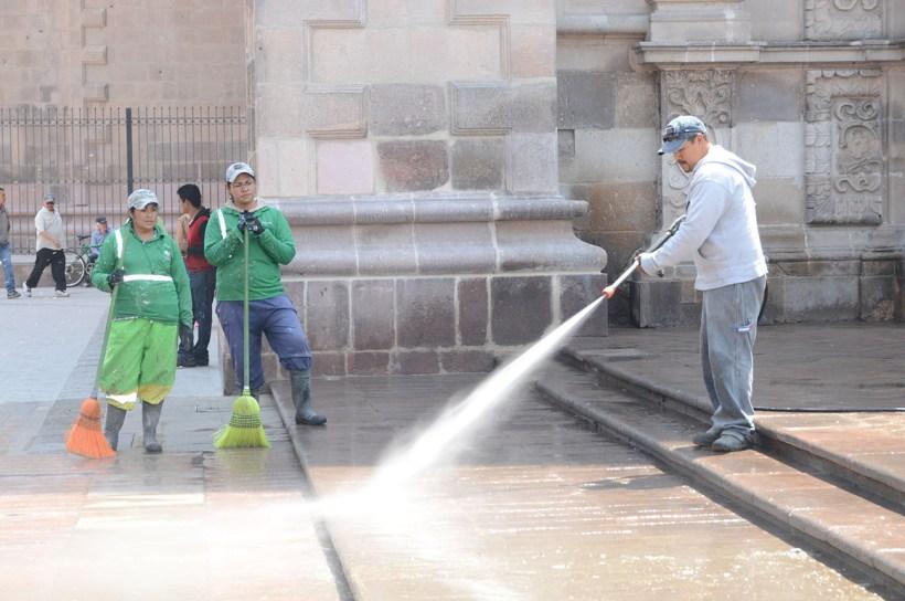 Se intensifican acciones de mantenimiento en parques y jardines agenda san luis - Mantenimiento parques y jardines ...