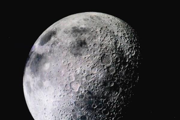 Luna por