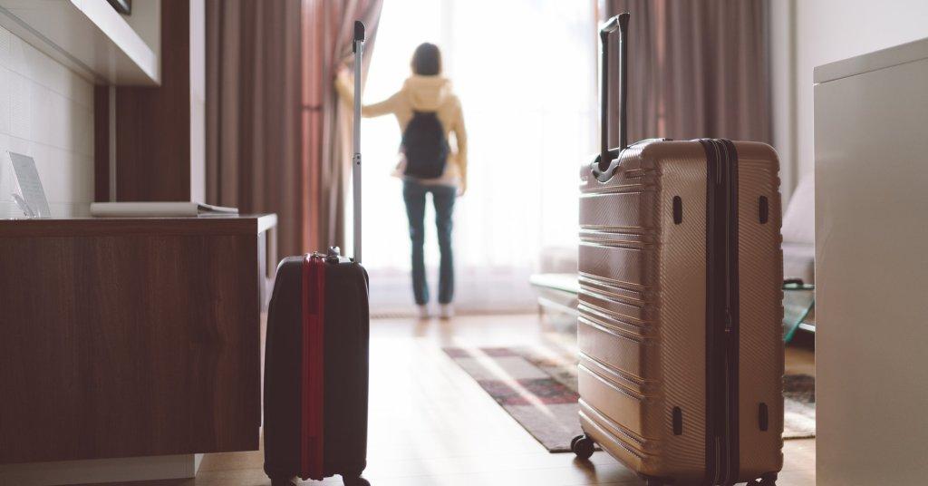 Cientos de parejas fueron grabadas en secreto mientras tenían relaciones en moteles