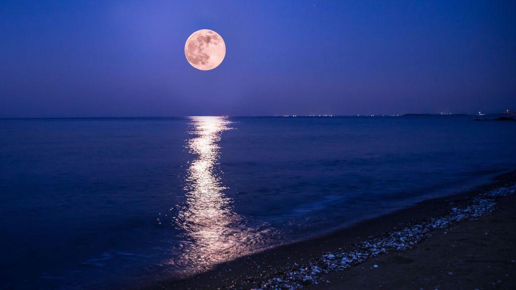 Hoy Luna Rosa en México, la primera luna llena después del equinoccio de primavera
