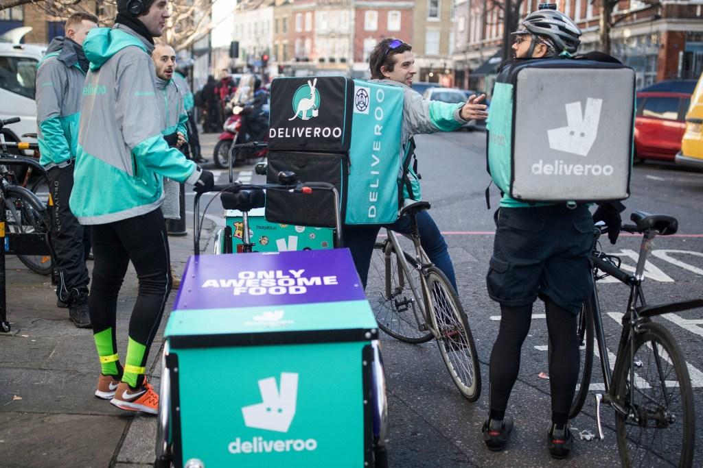 Amazon lanza Deliveroo para competir con Uber Eats