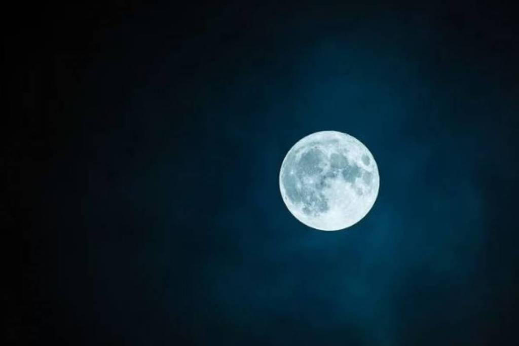 Este fin de semana luna llena del lobo y el primer eclipse del 2020