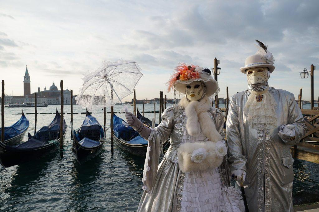 Cancelan el Carnaval de Venecia por más de 100 casos de infectados por coronavirus