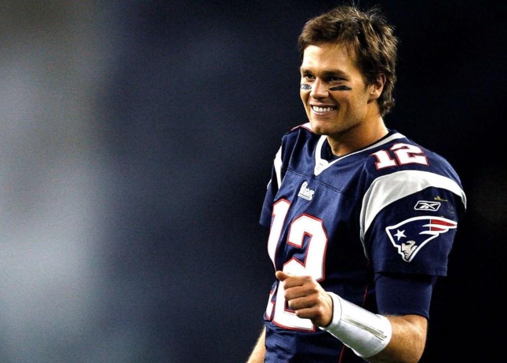 Tom Brady se va y no regresa a Patriots, Las Vegas pronostica que va a Bucaneers o Chargers
