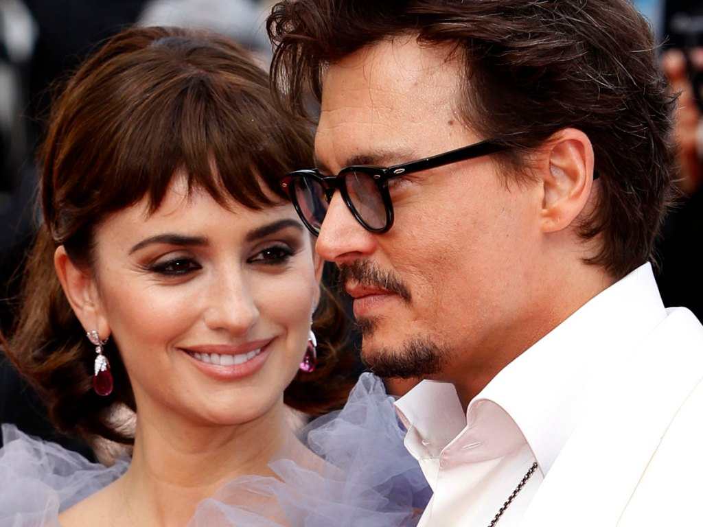 Penélope Cruz defiende a Johnny Depp de las acusaciones de Amber Heard