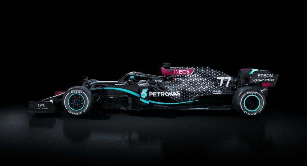 Los Mercedes Benz de la F1 serán color negro en su lucha contra el racismo