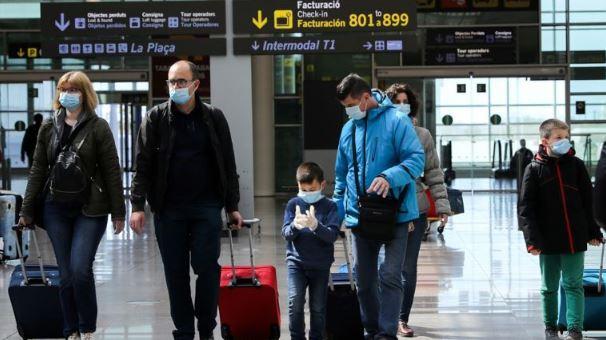 Crece el temor por rebrotes en Europa tras reactivación de turismo