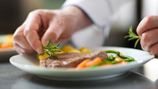 Conoce estos 11 trucos culinarios que te harán parecer un chef profesional