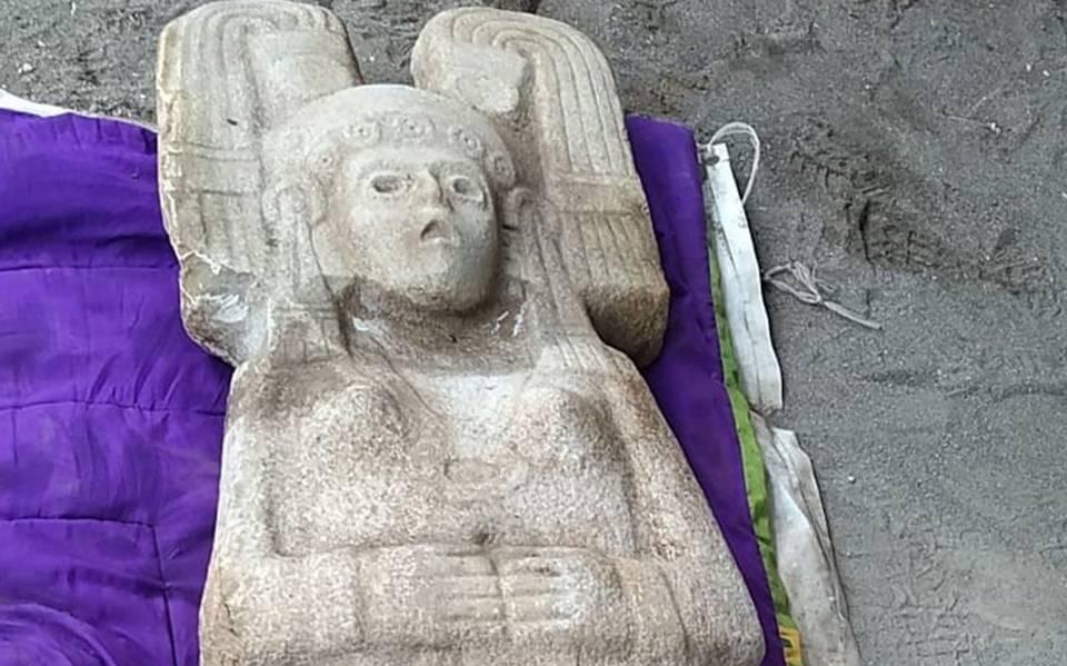 Descubren escultura prehispánica de joven mujer de élite, probablemente de la diosa Tlazoltéotl