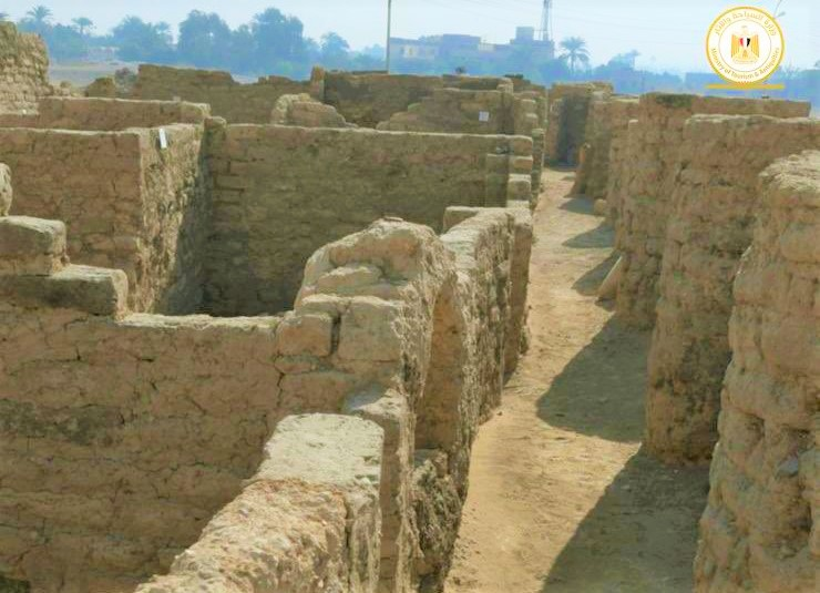 Oculta en las arenas encuentran Ciudad Dorada Pérdida de 3,000 años de antigüedad en Egipto