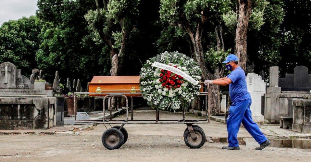 En México suman ya 212 mil 339 los muertos confirmados por Covid