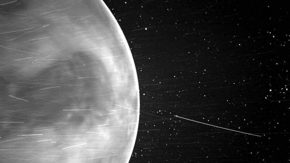 La sonda Parker detecta en Venus señal de radio de baja frecuencia
