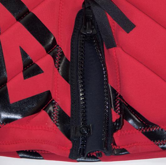 Motiv Comp series PFD RZ (Rear) - Detail Zipper Open