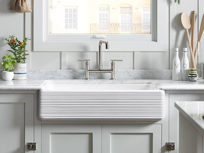 stainless steel vs porcelain kitchen