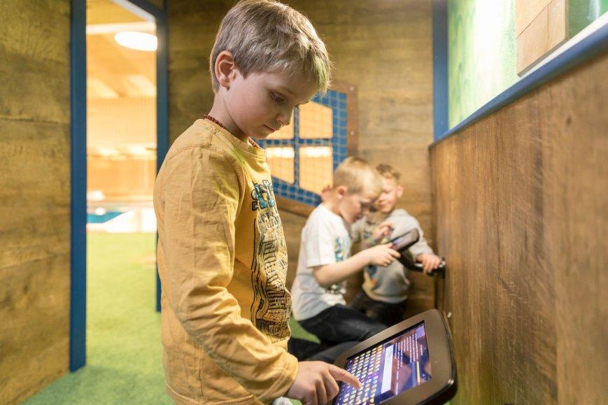 Spielecke für Hotel und Gastronomie - Pradas Resort Brigels - Ravensburger Spiele Touchscreen