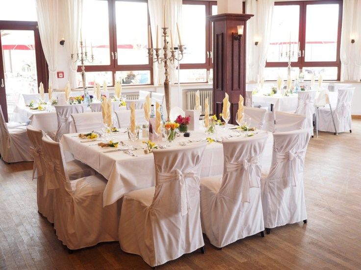 wedding-table-1174141_1280