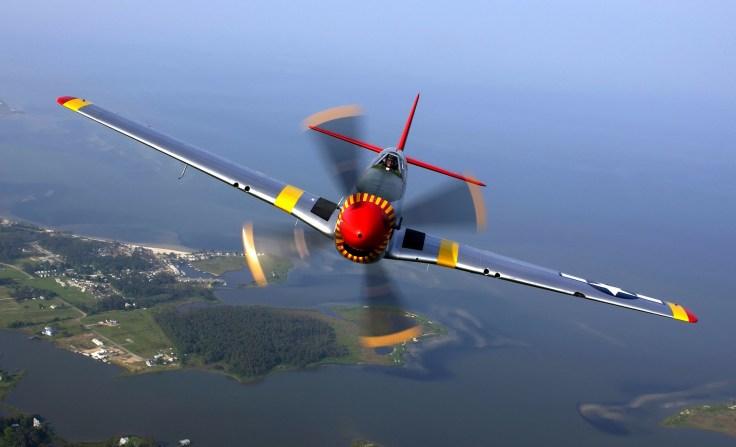 aircraft-67566_1920.jpg