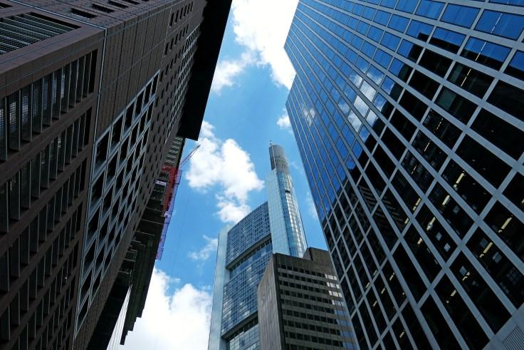 architecture-3812953_1920.jpg