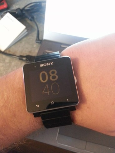Smartwatch 2 am Armgelenk