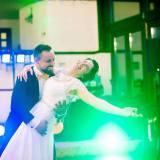 Ce alegem la nuntă: formaţie sau DJ?