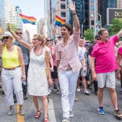 """酷新闻:同志平权更进步 加拿大调整""""肛交""""禁令"""