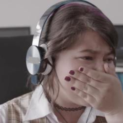酷新聞:兒因性向霸凌自殺 母用VR科技讓學生體驗同志大遊行