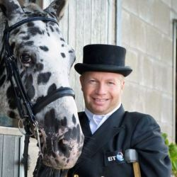 酷新聞:出櫃馬術殘奧金牌選手 獲英女王冊封騎士爵位