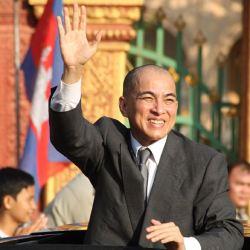 酷新聞:柬埔寨國王性向疑雲 遭網友合成性愛照 官方追捕嫌犯