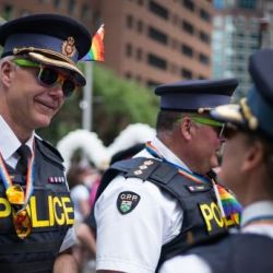 酷新闻:多伦多同志大游行 警方不得群体穿制服参与