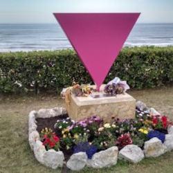 酷新聞:歷史不能忘!帶你走訪七個紀念納粹迫害同性戀的地標