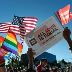 酷新闻:研究显示 美国婚姻平权 使青少年自杀率下降7%