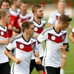 酷新聞:德國前足球裁判「每隊至少有三名同志球員」