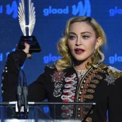 酷新聞:同志天后「瑪丹娜」授獎 感謝男同志恩師