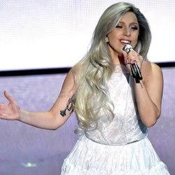 酷影音:女神卡卡奧斯卡搶戲 絢麗獻唱《真善美》