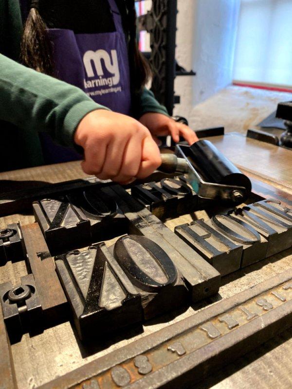 inking up printing blocks