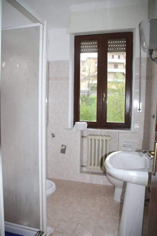 Wohnung In Miete in Castelraimondo (Macerata) - Hin. 10054RA41048