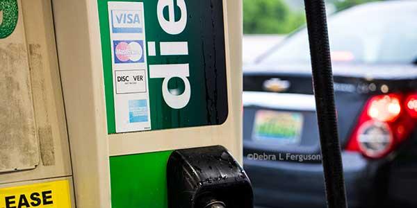 Fuel Report: Price Fall Continues, Propane Stocks 17% Above Average