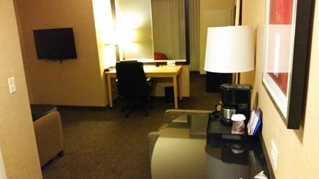 hotelroom_doorwayshot