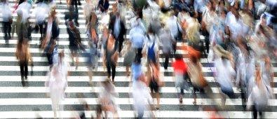 pedestrians-400811_640-1