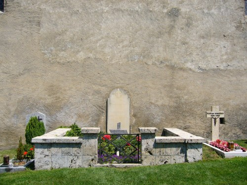 Grave_of_rainer_maria_rilke_at_the_churchyard_in_raron_-_swizerland