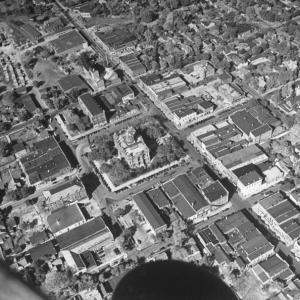 Aerial view of Court House which lies in the hub of this small town in which some 10,000 people flock to shop on Jefferson St. every Saturday night.  (Photo by Bernard Hoffman/The LIFE Picture Collection/Getty Images)