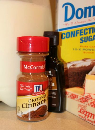 Ingredients for cinnamon frosting.