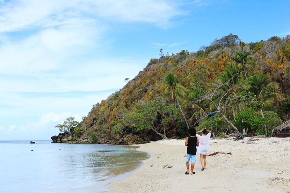 beach summer holiday digital detox trip raja ampat