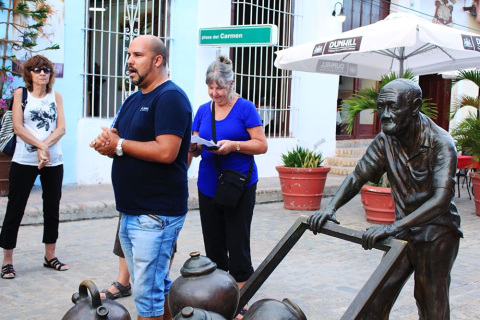 cuba tour group leader explain maria jimenez art