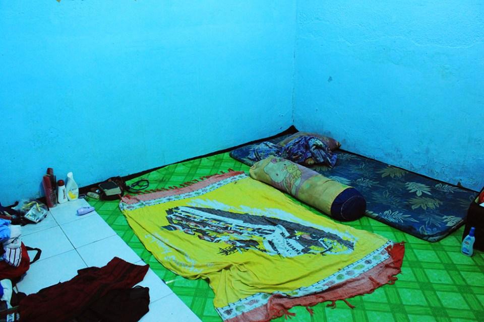 wanderlust sleeping on the floor the road less traveled