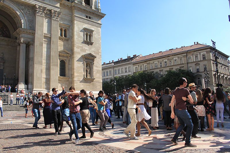agirlnamedclara people budapest dancing on the street stephen basilica