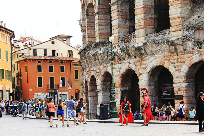 verona fake gladiators colosseum